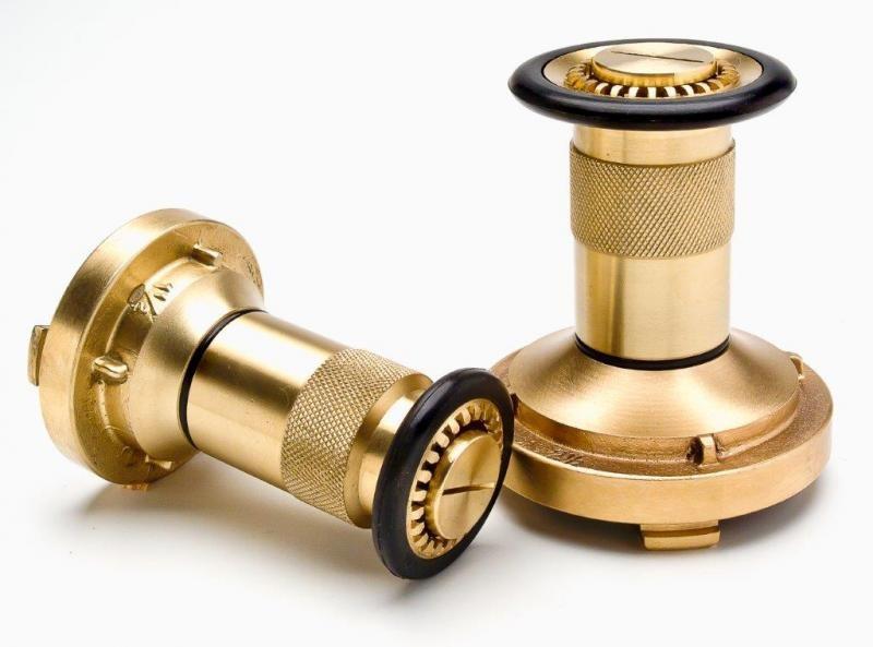 Esguicho regulável hidrante